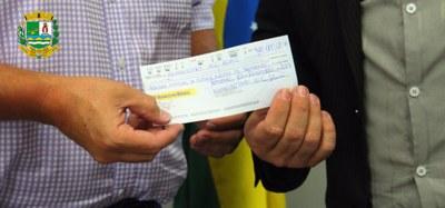 Entrega do Cheque
